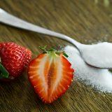 Dieta bez cukru – dlaczego warto przestać osładzać sobie życie?